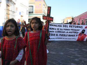 Niños y niñas triquis de San Juan Copala