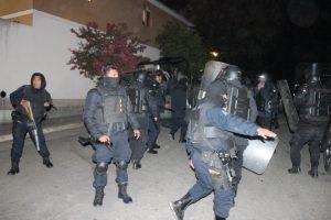 70 Policías Preventivos y de Tránsito del Estado, ante un supuesto  amotinamiento  de reos.