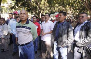 Agentes de Transito en el exterior del Palacio de Gobierno. Foto: Imagen 33