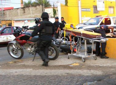 "La motocicleta ""haley Davidson"" quedo sobre la avenida"
