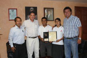 Germán Espinosa Santibáñez, director general del COBAO reconoció el esfuerzo de los estudiantes