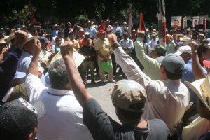 ¡Justicia para Heriberto Pazos!, gritaban los presentes