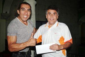 Edward García Blas recibió apoyo del promotor Eliezer Valdez Ramírez para la cita de la ciudad de México.