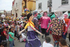 Tradicional Calenda sobre las pincipales calles del Centro Histórico