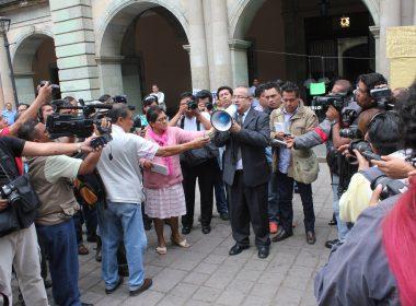 Periodistas de Oaxaca en solidaridad con el compañero Said Heernández.