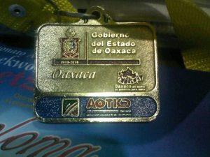Las medallas que se otorgaron en la Segunda Copa Guelaguetza