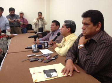 Rey Morales y representantes del PRD