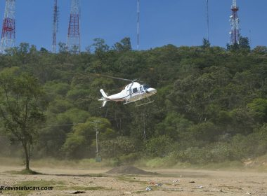 Helicóptero de la Base de Operaciones Mixta.
