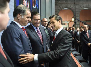 Gabino Cué Monteagudo y Enrique Peña Nieto en el Segundo Informe de la Presidencia