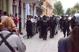 Operativo policiaco en el Centro Histórico de Oaxaca