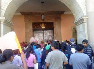 Comerciantes en Palacio de Gobierno de Oaxaca