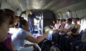 Integrantes del SNTE en vuelo