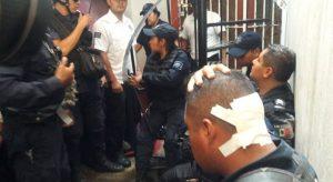 Policías de Santa Lucía