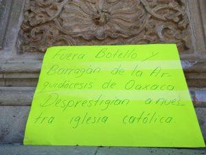 Protestas contra el Arzobispo de Oaxaca