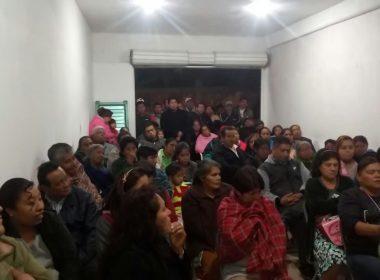 Reunión de militantes del PRI en Teotitlán