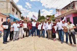 Oswaldo Jarquín y seguidores de la ciudad de Oaxaca.