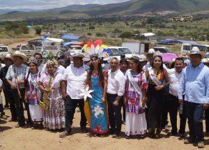 Vladimir Cuevas y las Autoridades de Zimatlán