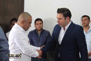 Raúl Cruz y Dante Montaño en proceso de entrega-recepción2