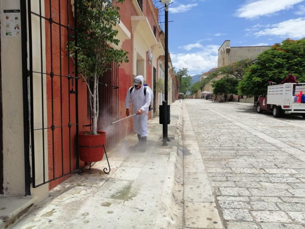 Oaxaca de Juárez, municipio con mayor número de contagios